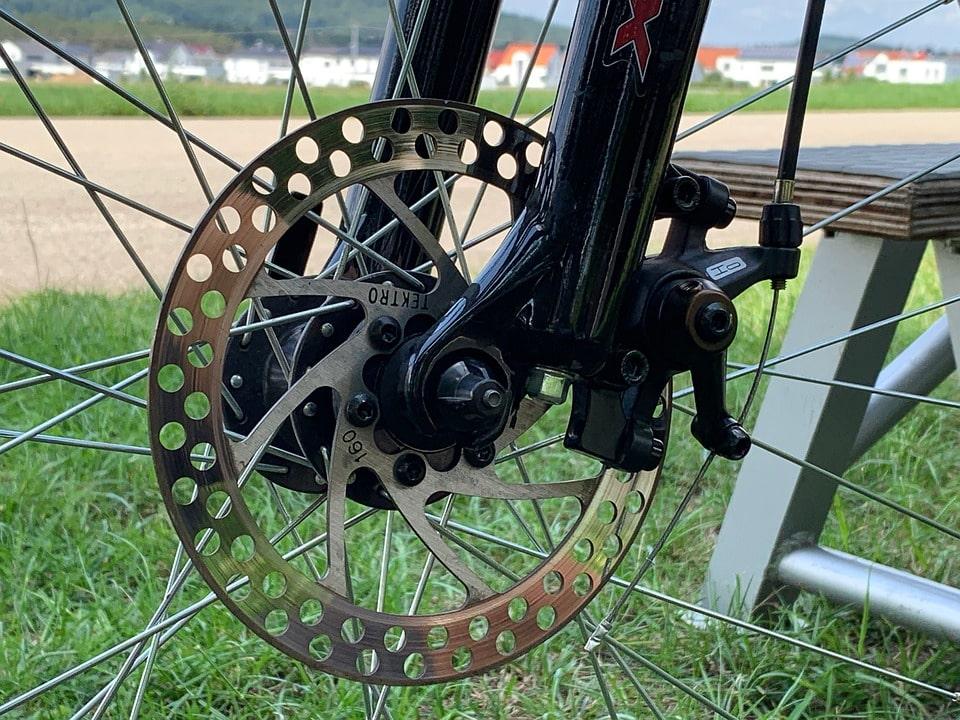 adjust bike disc brake tektro