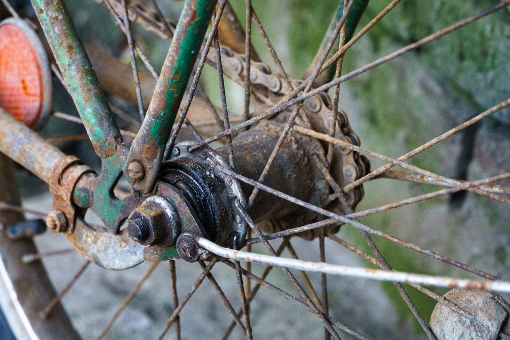 clean rust from bike chain