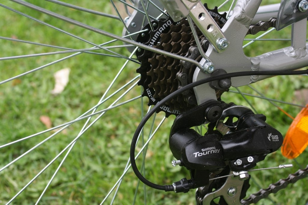 what are bike gears and drivetrain