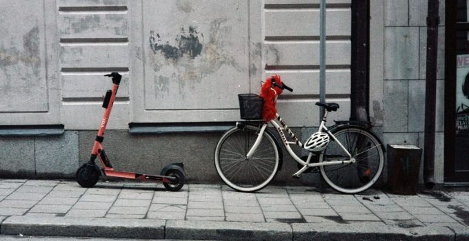 electric scooter vs electric bike