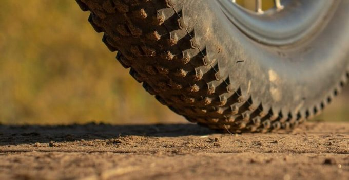 Hybrid bike tire pressure guide