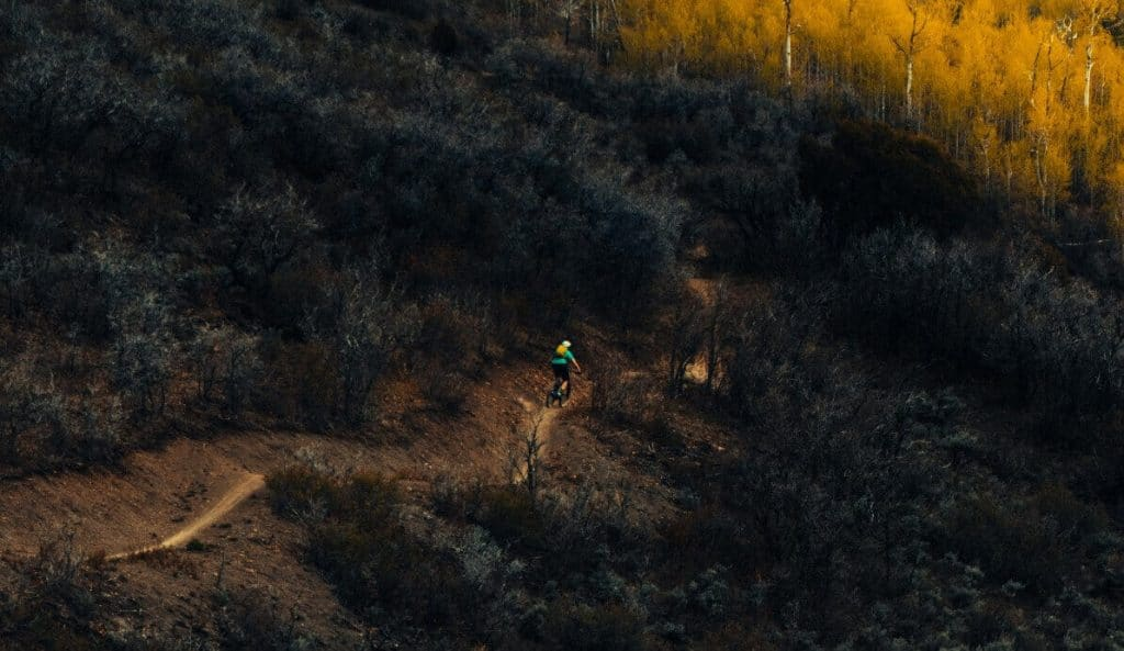 Hybrid mountain bike trail riding