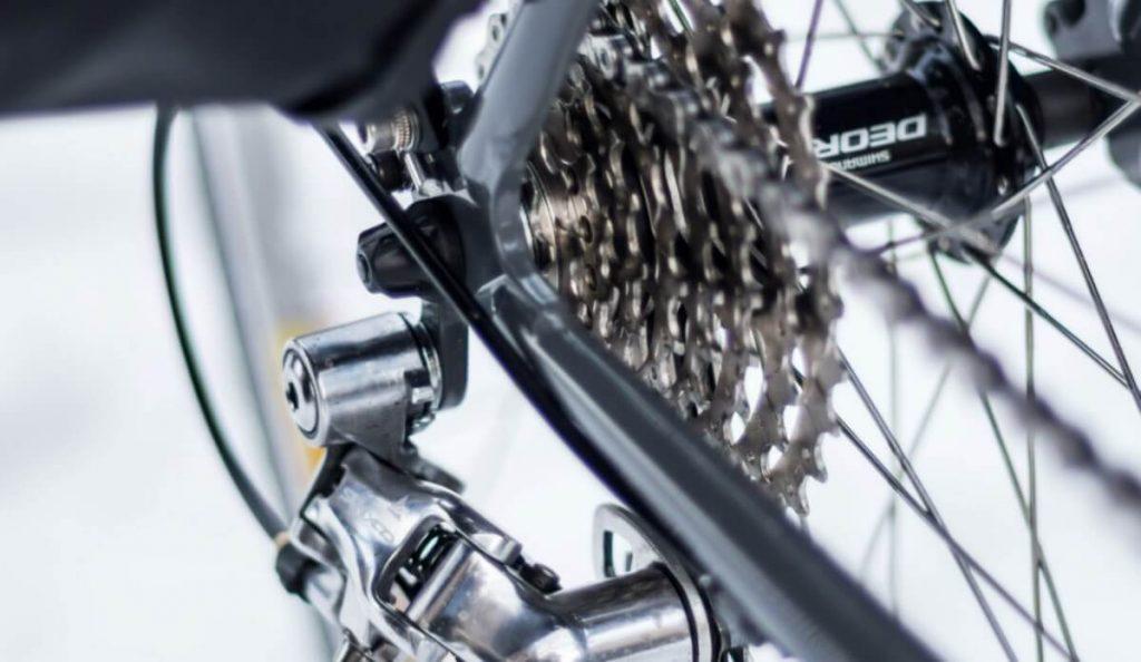 Loose chain on hybrid bike